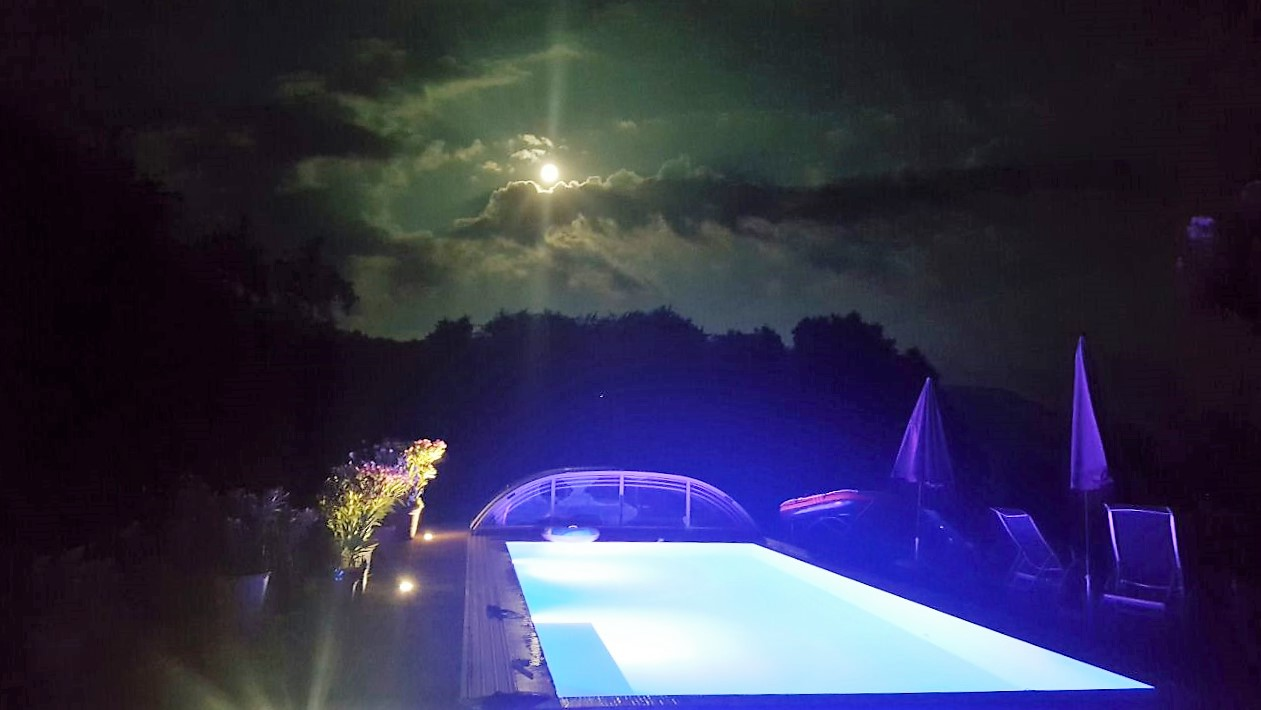 pool-abends-ferienhof-gassner-at